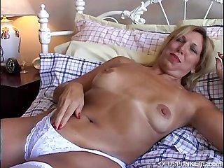 Lovely old spunker in sexy stockings has a nice wank